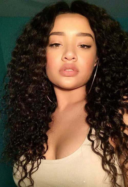 Long Natural Curly Hairstyles-16