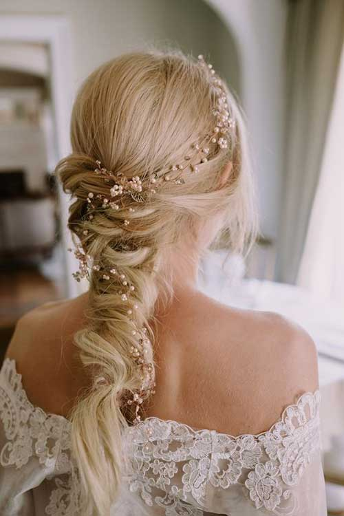 Hairstyles with Accessories-17