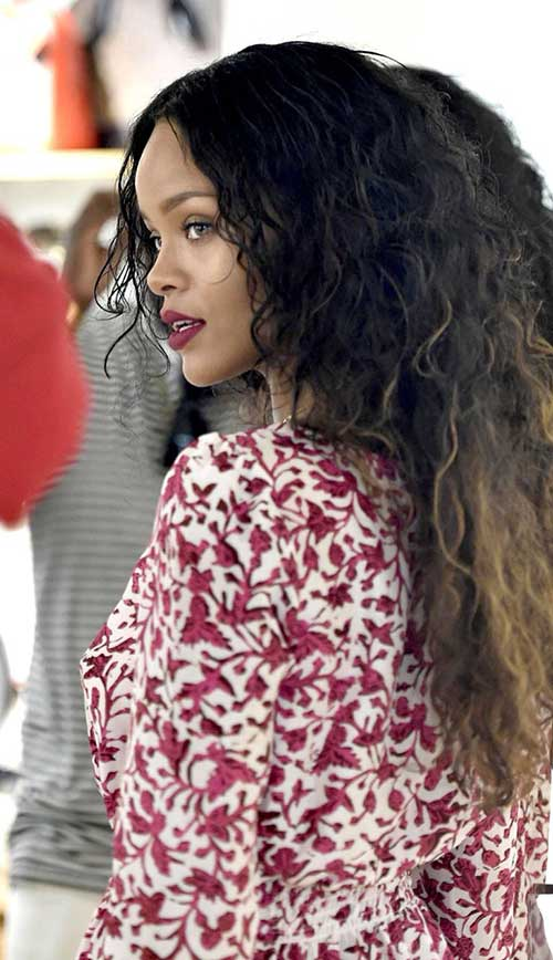 Rihanna Long Curly Hair-17