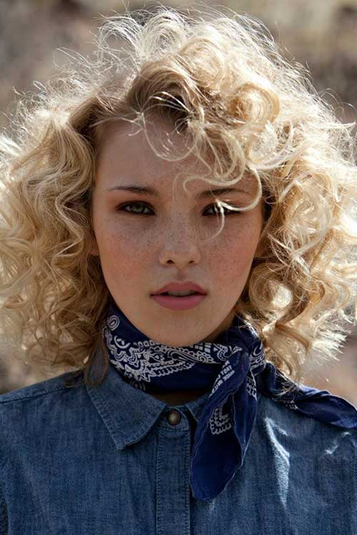 Awe Inspiring 20 Long Curly Hairstyles For Round Faces Hairstyles Amp Haircuts Short Hairstyles Gunalazisus