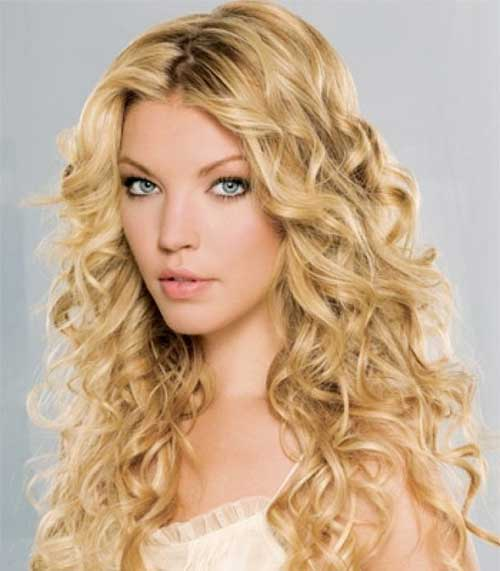 Long Curly Hairstyles for Round Faces-21