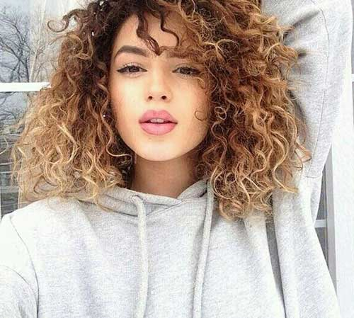 light brown hair color in long wavy hairstyles short
