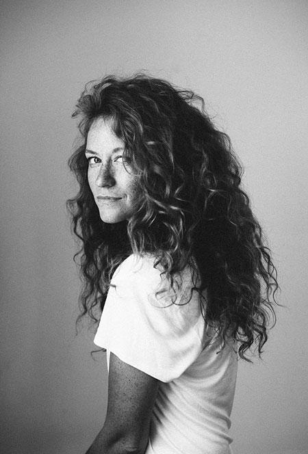 Curly Hairtyle for Long Hair, Curly Angled Hair Shannon