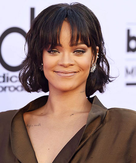 Hair Bangs Rihanna Face