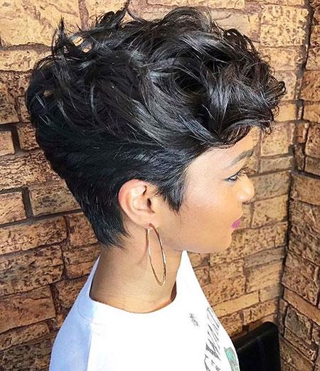 Pixie Hair Choppy Hairtyle