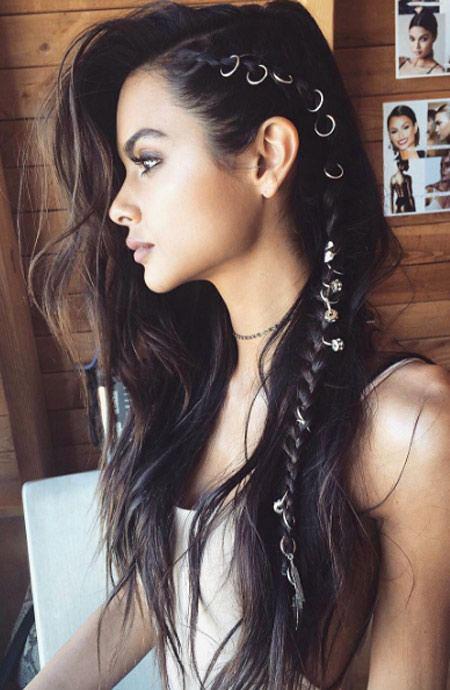 Hair Braids Side Makeup