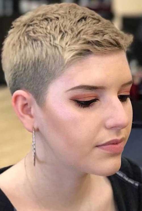 Short Pixie Haircuts for Women