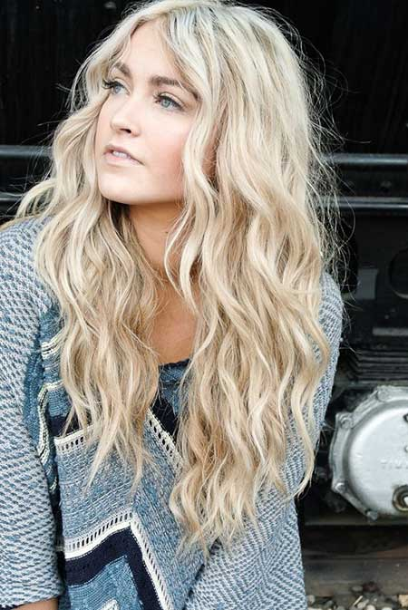 20 Best Curly Hairstyles_9