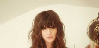 Wavy Hair with Bangs