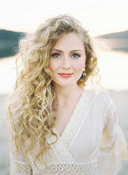 Naturally Curly Long Hairdo for 2015