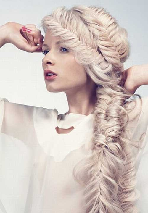 Pearl Blonde Hairstyle with Braids