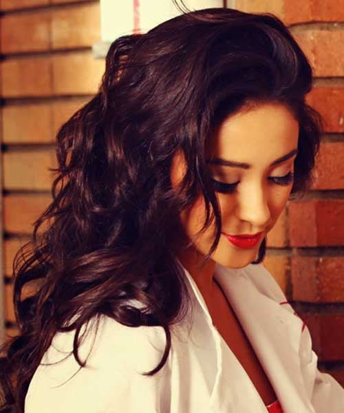 Shay Mitchell's Wavy Hair