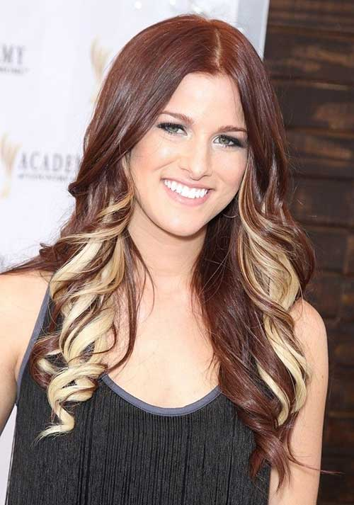 Auburn Hair with Blonde Highlights Hairstyles
