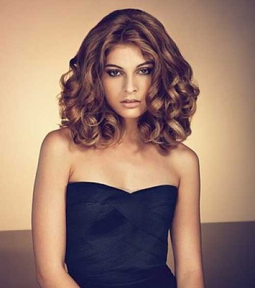 how to style medium curly hair 35 medium length curly hair styles hairstyles amp haircuts 4409