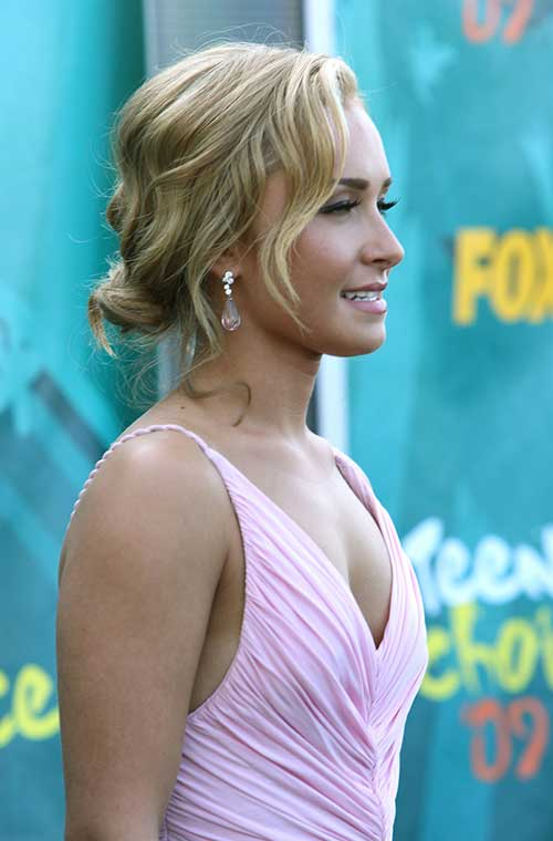 Hayden Panettiere Updo for Prom