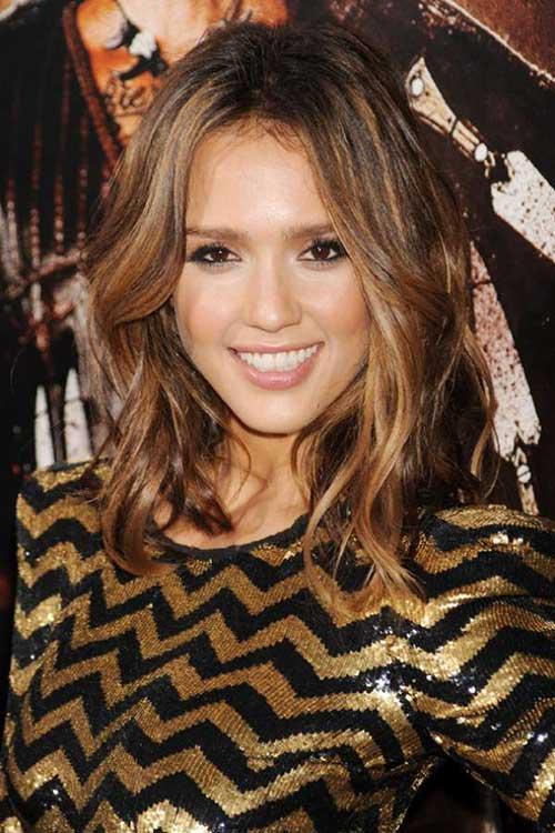 Jessica Alba Wavy Hair
