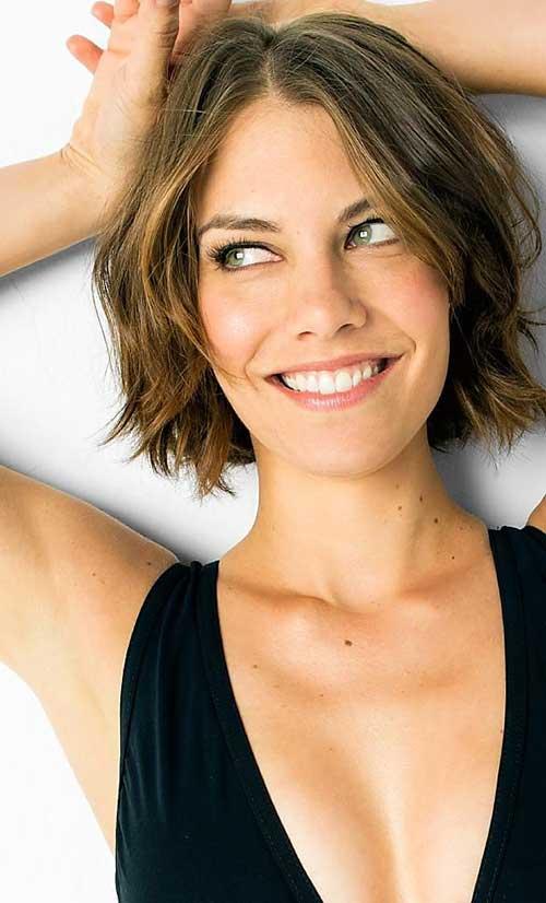 Lauren Cohan Hair Style