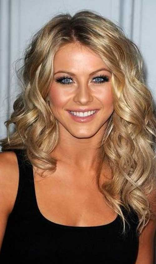 Medium Length Blonde Loose Curls
