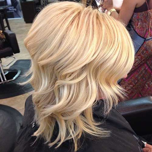 Blonde Medium Length Wavy Hairstyles