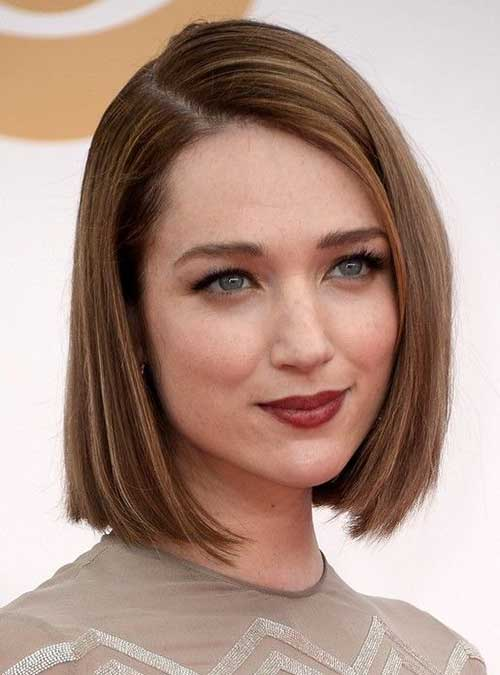 Mid Neck Length Haircuts for Women