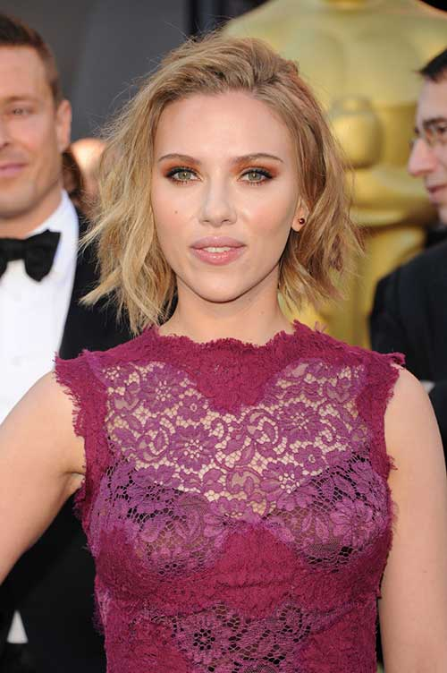 Scarlett Johansson Simple Prom Hairstyles