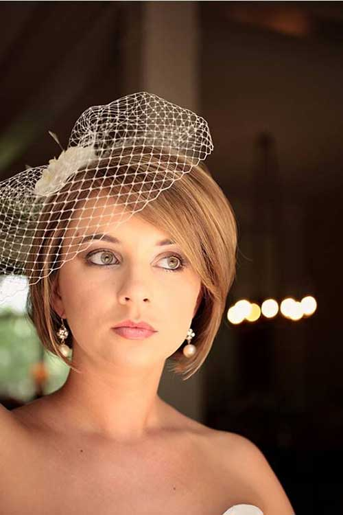 Best Side Parted Short Hair Idea for Wedding