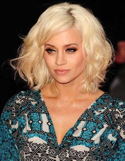 Best Women Medium Length Hair Cuts with Bangs