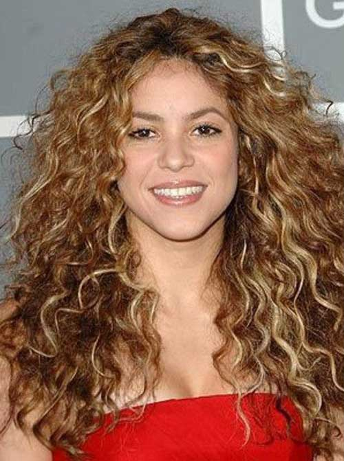 Curly Layered Hairstyles-20