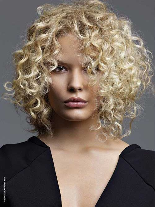 Curly Layered Hairstyles-27
