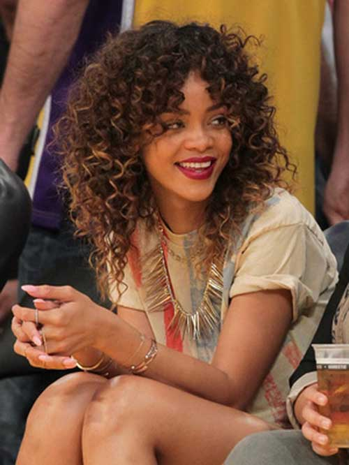 Curly Layered Hairstyles-34