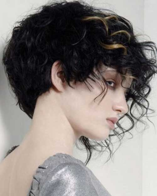 Curly Layered Hairstyles-36