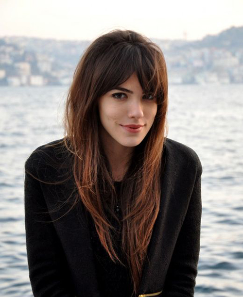 15+ Lovely Hairstyles With Long Bangs