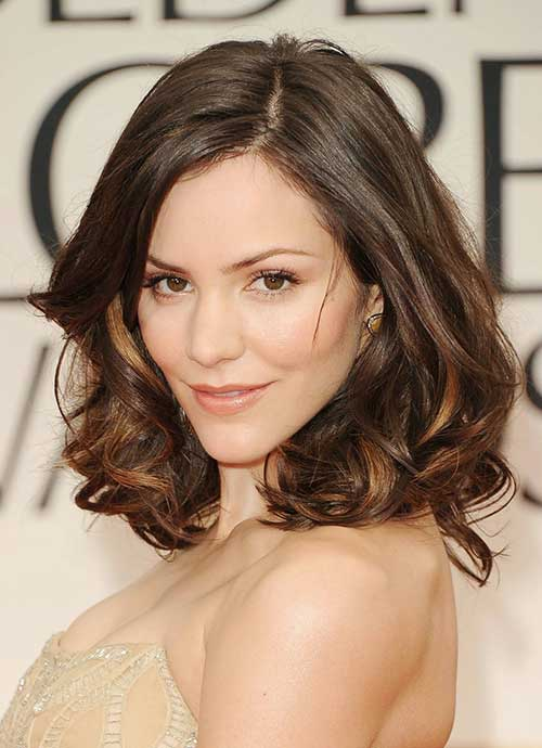 Beautiful Women Hairstyles with Oval Face