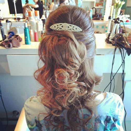 Best Down Hairstyles with Accessory for Prom