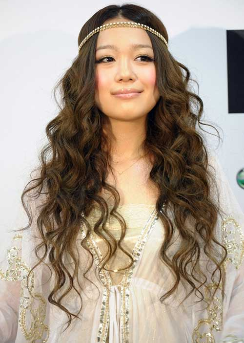 Long Wavy Asian Hairstyles