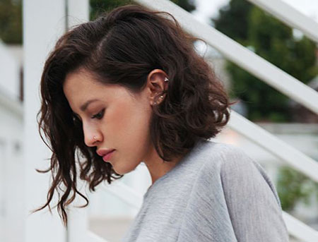 15+ New Short Curly Hair Styles You will Love