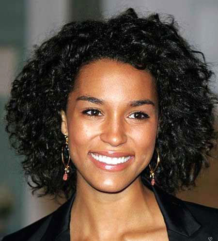 Short Curly Haircuts for Women - 17