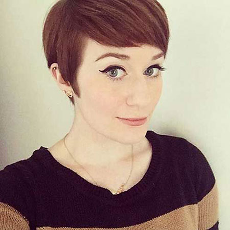 Gorgeous & Cute Short Hairstyles with Bangs