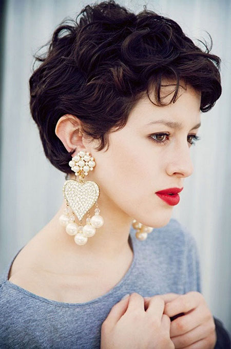Great Short Curly Haircut Ideas for Round Faces | Hairstyles and Haircuts | Lovely-Hairstyles.COM