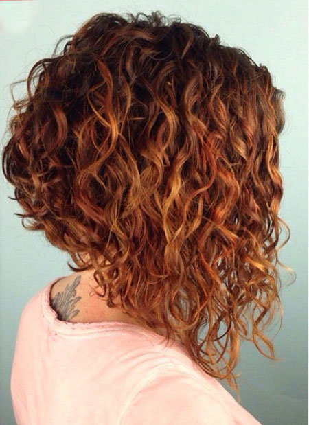 Short Curly Haircuts for Women - 9