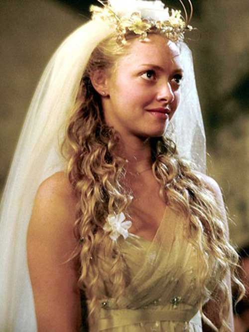 Amanda Seyfried Wedding Hair Images