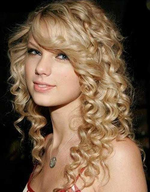 Best Blonde Curly Layered Hairstyles