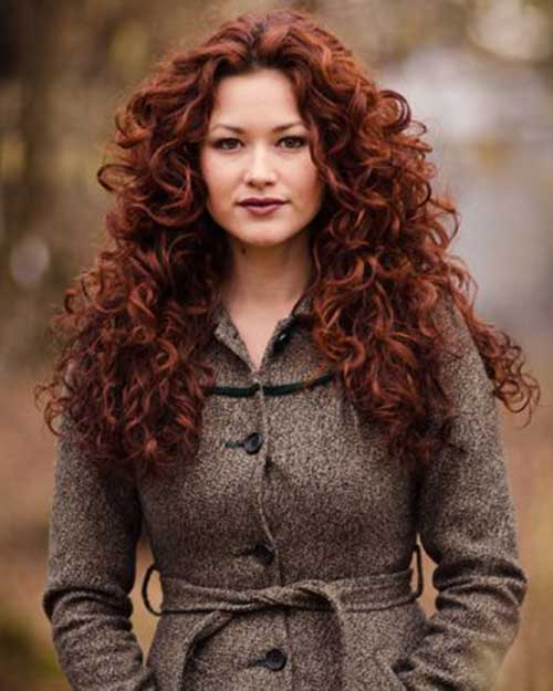 25 Curly Layered Haircuts Hairstyles And Haircuts Lovely