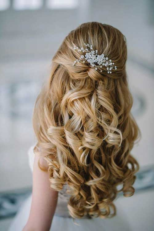 Chic Half Up Bridal Hairstyles
