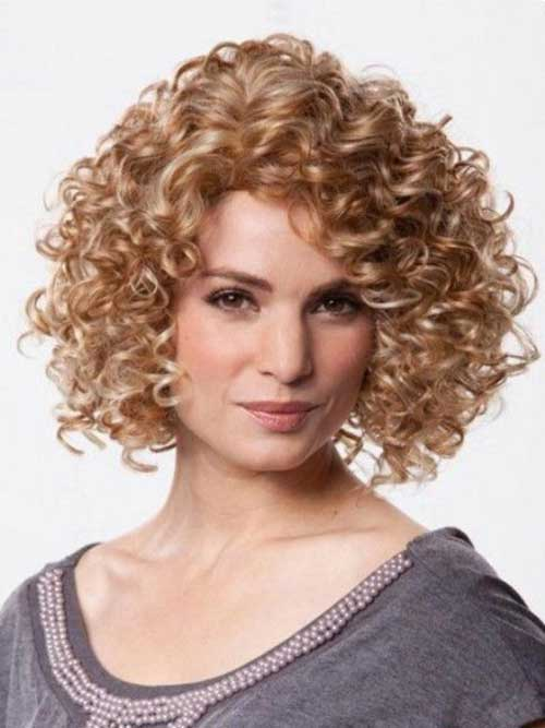 Kinky Curly Haircuts Over 40