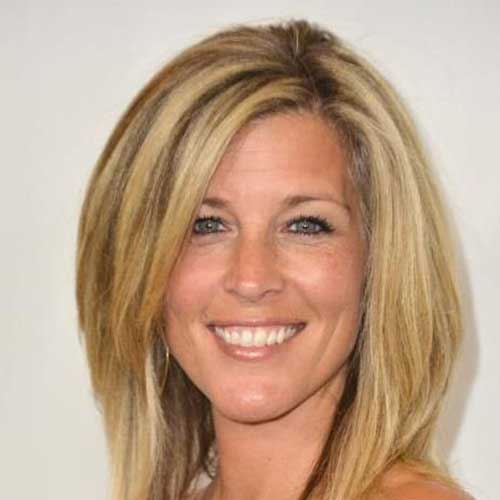 Laura Wright Hairstyles for Over 40