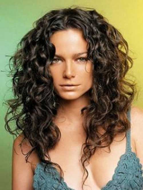 best haircut for long thick curly hair 20 best haircuts for thick curly hair hairstyles 4752 | Long Curly Hairstyles 1