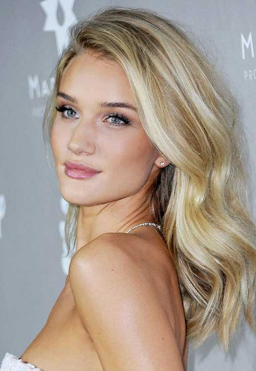 Best Modern Blonde Wavy Hair