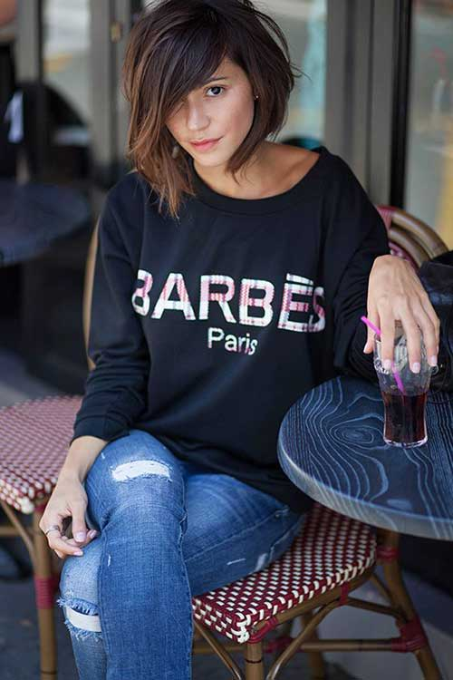 Best Haircuts for Women Over 40-10