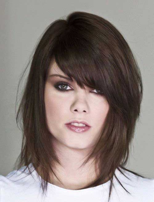 Layered Hairstyles for Round Faces-10